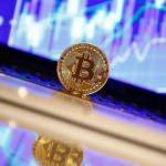 Bitcoin 5 bin doların altını test etti
