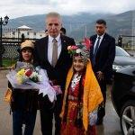 Vali Gül'den Nurdağı ve İslahiye'ye ziyaret