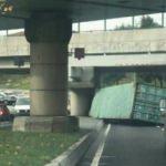 İstanbullular dikkat! Trafiği kilitleyen kaza