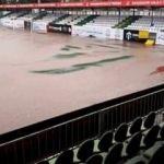 Şehir bu maçı bekliyordu! Stadı sel bastı