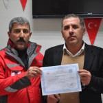 Türk Kızılayından kök hücre bağışçısına teşekkür belgesi