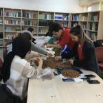 Öğrenciler fındık satıp TSK'ya destek oldu