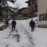 Bozkır'da imece usulü kar temizliği