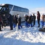Karaman'da işçi servisi ile tır çarpıştı: 5 yaralı