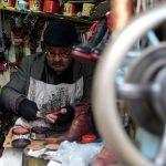 Bir metrekarelik dükkanda geçim mücadelesi