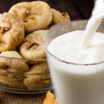 UHT  süt nedir ve ne işe yarar? Sütün faydaları nelerdir? Sütün içine incir atıp tüketirseniz..