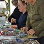 Emekli kadınlardan rölyef kursuna ilgi