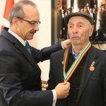 Kore Gazisi Kandemir'e madalya ve beratı teslim edildi