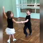 Miniklerden büyüleyici dans performansı!