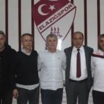 Elazığspor, yeni hocasıyla imzaladı