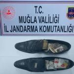 Ayakkabısının içinde uyuşturucu taşıyan yolcu yakalandı