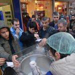 Diyarbakır Büyükşehir Belediyesinden, sıcak çorba ve salep