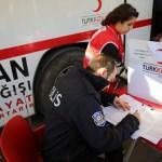 Polislerden kan bağışına destek