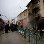 Mobilya tamir atölyesinde yangın: 1 ölü
