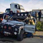 Tur minibüsü ile cip çarpıştı: 8 turist yaralı