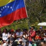 Venezuela'da taraflar yine sokakta!