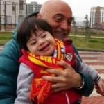 Hikmet Karaman'dan otizmli çocuklara ziyaret