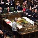 İngiltere'de kriz sürüyor: Dört senaryo da reddedildi!