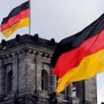Almanya ekonomik büyüme tahminini yarı yarıya düşürecek