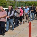 Şantajla 350 ev ve iş yerini üzerlerine geçiren 10 kişi yakalandı