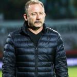 Beşiktaş'ın Lucescu ve Sergen Yalçın kararsızlığı