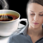Migren nedir ve belirtileri nelerdir? Migreni tetikleyen besinler hangileridir?