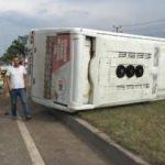 Bursa'da servis midibüsü devrildi: 11 yaralı
