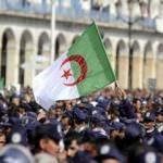 Cezayir'de cumhurbaşkanı adayı çıkmadı!