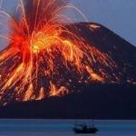 Endonezya'da yanardağ patladı! Uçuşlar iptal edildi
