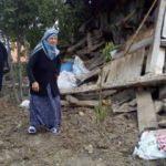 Damat tehlikeyi fark etti, evi çöken çift ölümden kurtuldu