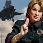 F-35'lerin üreticisinden Türkiye açıklaması: ABD'nin emrini bekliyoruz