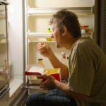 Gece tüketilmesi gerekenler besinler nelerdir? Yatmadan önce bir kaşık zeytin yağı içerseniz...