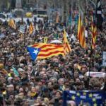 İspanya'da Katalonya sorunu gölgesinde azınlık sol koalisyon hükümeti kuruluyor