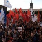 Moskova'daki protestolar Petersburg'a sıçradı!