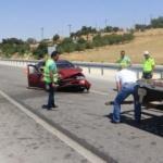 Emniyet şeridinde feci kaza: 10 yaralı