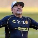 Diego Maradona Kulübeye geri dönüyor!