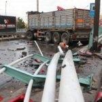 D-100'de kaza: İstanbul yolunda trafik durdu
