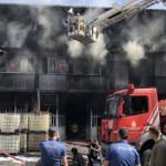 İstanbul'da bir fabrika yangını daha! Ekipler müdahale ediyor