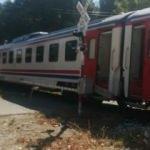 Hemzemin geçitte trenin altında kalarak öldü