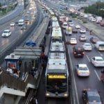 Metrobüsten yıllık 165 milyon dolar gelir elde ediliyor!