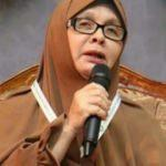 Katolik rahibeydi İslam'ın kusurlarını ararken Müslüman oldu!
