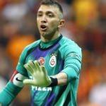 Galatasaray, Muslera'yı mumla arıyor