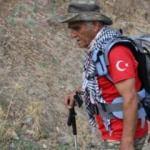 84 yaşında yürüyerek dağları aşıyor