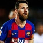 Messi, takımının performasından memnun değil
