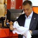 Ahmet Nur Çebi 'OmuzOmuzaKartalYuvasına' kampanyasına destek verdi