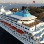 9 katlı dev kruvaziyer gemisi İstanbul'da