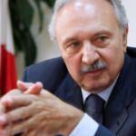 Safadi, Lübnan'da başbakan olarak göreve gelmeden protesto edildi