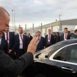 Erdoğan ve Aliyev'i uğurlarken renkli görüntüler