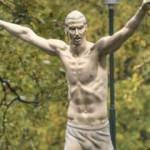 İbrahimovic'in heykeline ırkçı saldırı