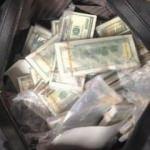 70 bin doları yanlışlıkla çöpe attılar